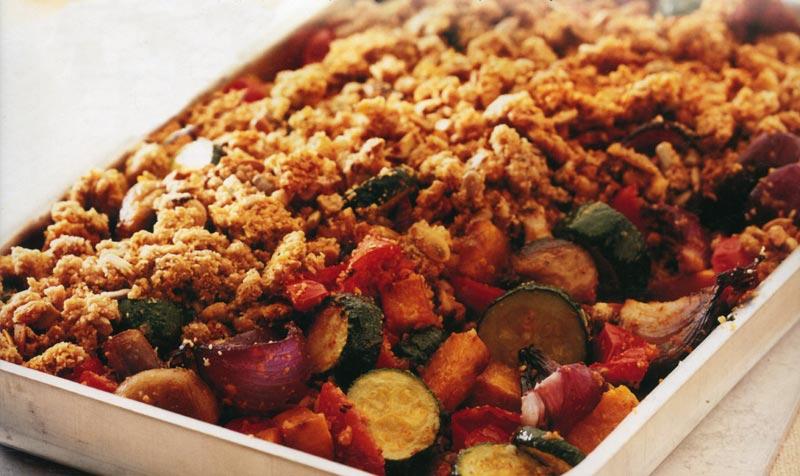 Печеные овощи с сырной корочкой