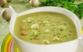 Суп молочный с картофелем и гренками