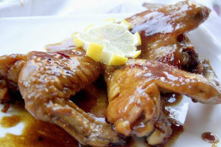 Ароматные куриные крылышки с медом и карри