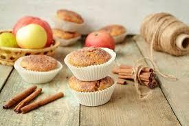 Яблочные кексы с курагой