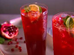 Холодный красный чай с гранатовым соком