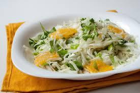 Салат с капустой и апельсинами