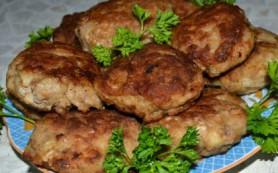 Мясные котлеты с добавлением кабачка