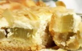 Простой пирог из ревеня