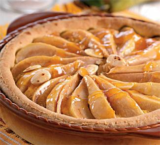 Слоеный пирог с грушей и миндалем