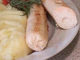 Домашние куриные сосиски.