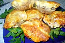Мясные кексы с сыром и яйцом