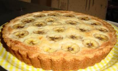 Банановый пирог