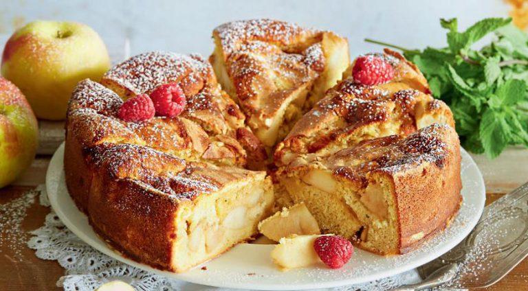 Яблочный пирог шарлотка рецепт с фото пошагово