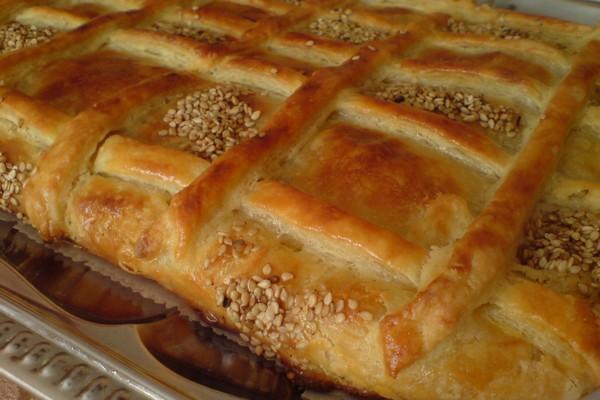 Румынский пирог с мясным фаршем