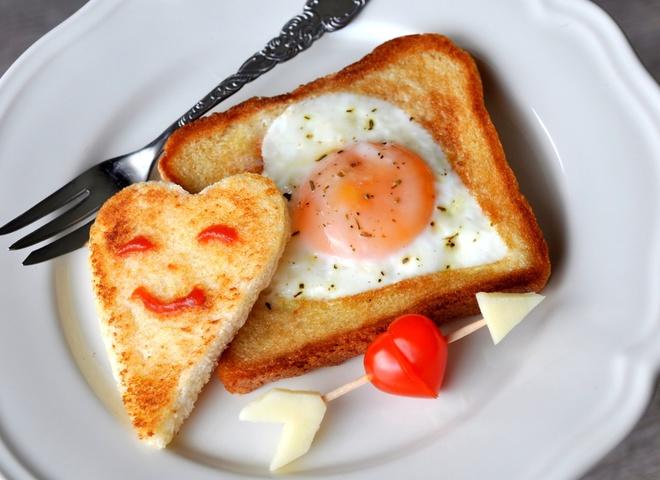 Завтрак на День святого Валентина любимому
