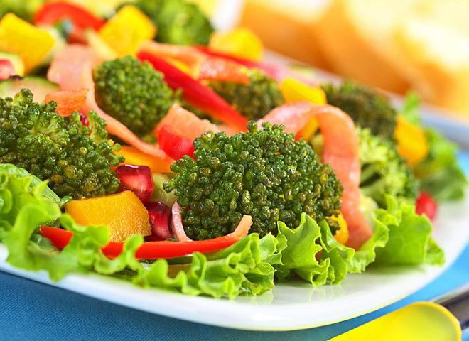 Брокколи: рецепты интересных салатов