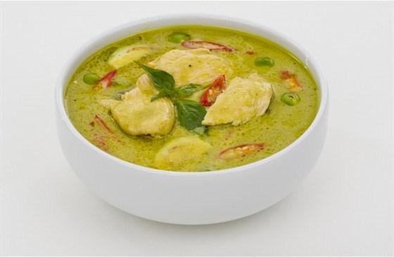 Куриный суп карри