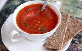 Супчик из печеных томатов и перцев с розмарином