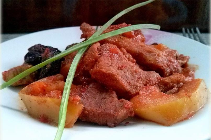 Мясо под сладким соусом в мультиварке