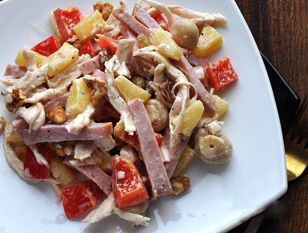 Салат с ветчиной и болгарским перцем