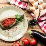 Баклажан печеный с аджикой от шеф-повара Елены Никифировой (ресторан «Шинок»)