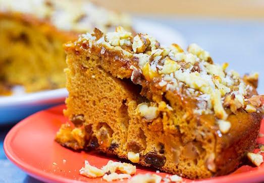 Сладкий и ароматный ореховый пирог