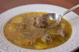 Юварлосупа (суп с фрикадельками)