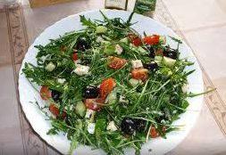 Салат Примавера с моцареллой и зеленой фасолью