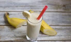 Простой банановый коктейль