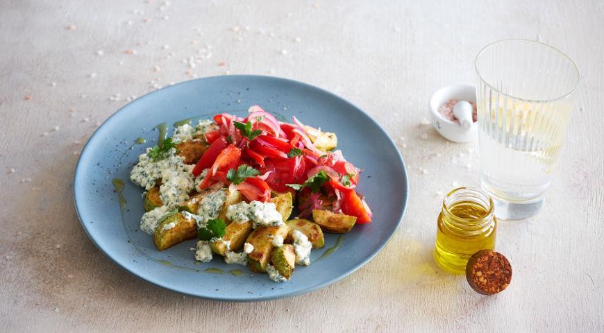 Кабачки с помидорами и сыром на сковородке