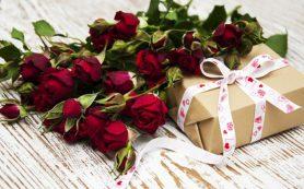 Что подарить девушке на день рождения, если праздник уже близко?