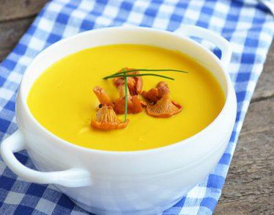 Тыквенный крем-суп с лисичками