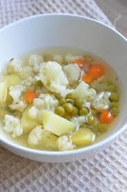 Суп с цветной капустой и зелёным горошком