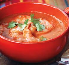 Нутово-томатный суп-пюре с креветками