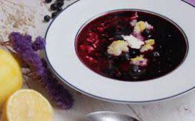 Сладкий суп из черники с клецками