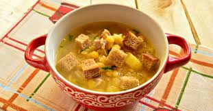 Суп гороховый с гренками