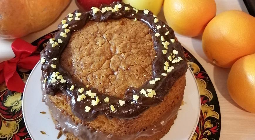 Пирог с тыквой и шоколадным кремом