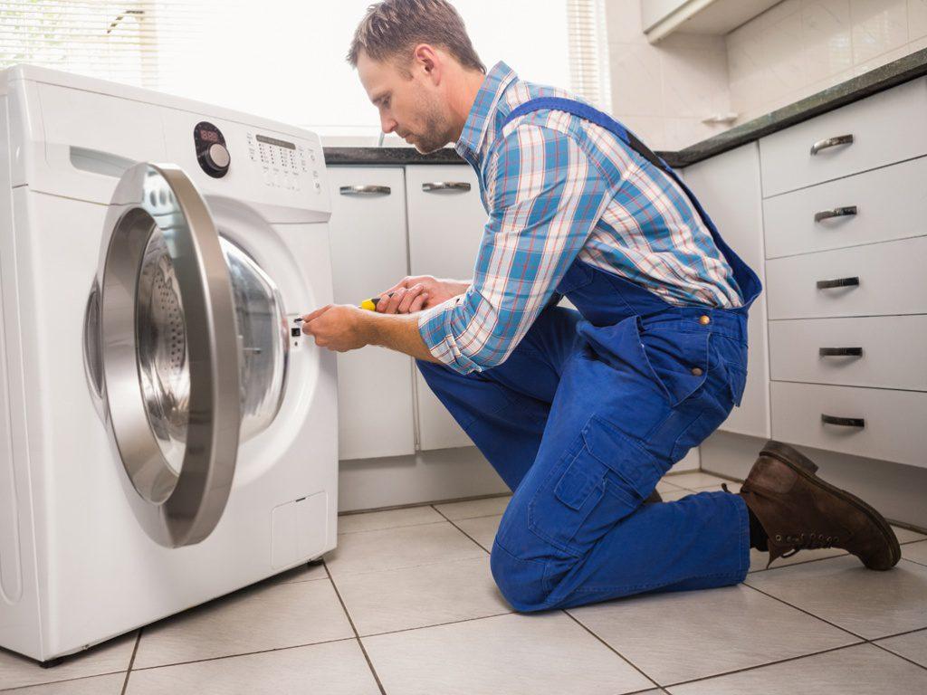 Особенности и преимущества вызова мастера по ремонту стиральных машин