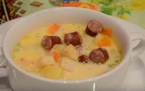 Сырный суп с грибами и колбасками