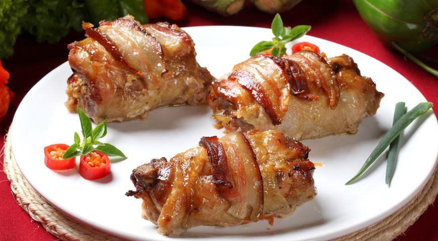 Фаршированные куриные рулеты под горчичным соусом