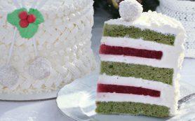 Фисташково — клубничный торт