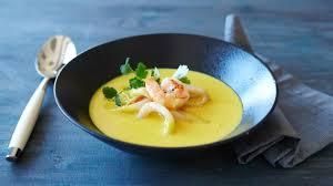 Острый тайский суп карри