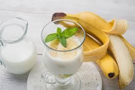 Кокосово-банановый смузи с имбирём