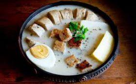 Суп с яйцом и колбасой • Польский белый борщ