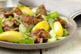 Салат с печенью и яблоками