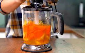 Морковно-цитрусовый напиток с медом