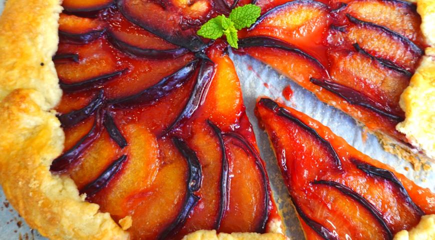 Вкуснейший пирог со сливами. Как приготовить галету со сливами?