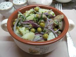 Салат «Деревенский» с солеными или маринованными грибами
