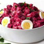Салат мясной со свеклой
