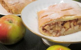 Венский яблочный штрудель из творожного теста