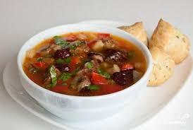 Острый суп из фасоли