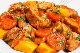Рагу из картофеля и курицы