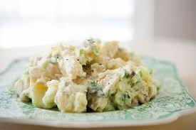 Салат картофельный под соусом по-татарски