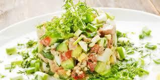 Новый салат из печени трески